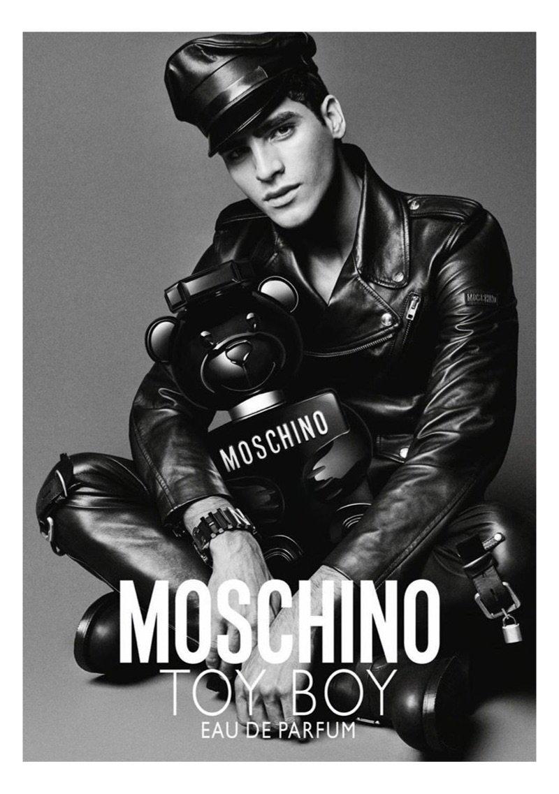 moschino_toy_boy_fragrance_summer_2019_campaign2.jpeg