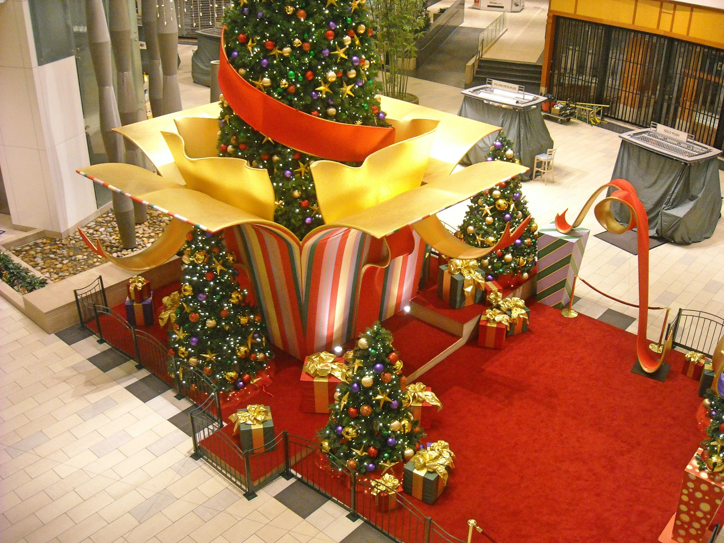 Eastridge Santa Set.jpg