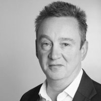 Brian Kearns   - 30+ years experience in finance, across capital markets, corporate finance and M&A  - Senior management positions in investment banks and buy-side institutions  - Early stage investor in several successful startups including investments in Funding Circle and import.io