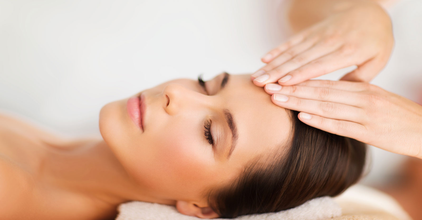 LYMPHATIC DRAINAGE FACIAL -