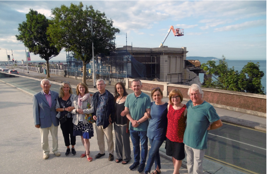 The current committee of Save Our Seafront  Anne Carter, Derek Sheil, Bob Waddell, Lola Hynes, Fergal McLoughlin, Anne Martin, Paul O'Brien, Valerie Lagrave, Jim Curtis, Mary McLaughlin Beck (resigned June 2018), Cllr Melisa Halpin, Lynn McKee.  The present Chairperson of SOS, who is also a founder member, is Richard Boyd Barrett, TD.