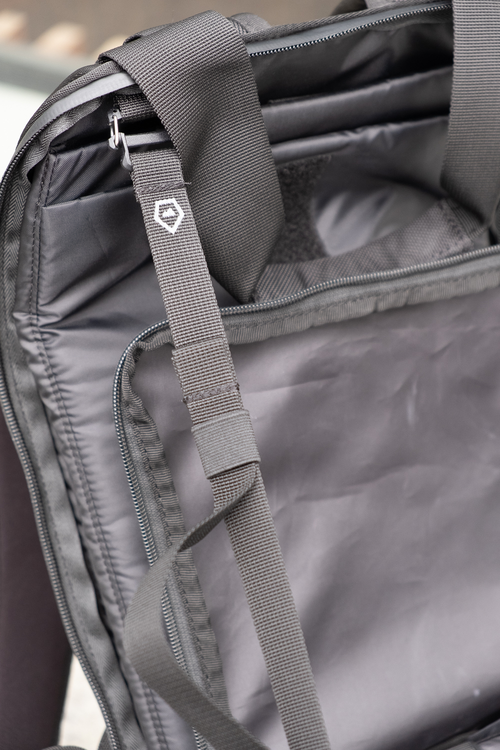 These detachable straps can be fixed into one of the many points around interior and the exterior of the bag. Perfect to strap on that extra stuff that you need to carry