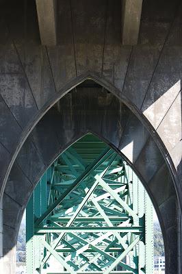 yaquinabridge2.jpg