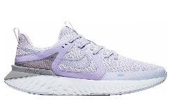 Nike Legend React 2 Damen.jpg