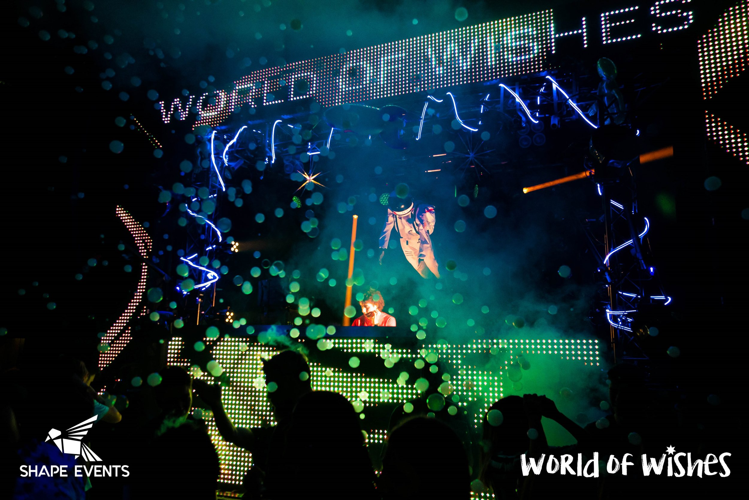 WordOfWishes_Party_Acts-02249-2-2.jpg