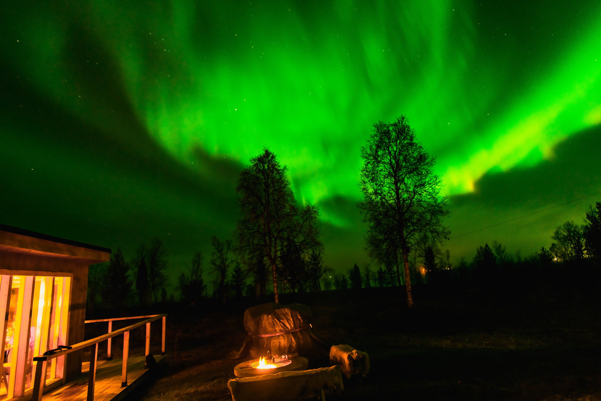 shooting auroras - Johan have a few years experience from shooting the Aurora borealis. He loves to show you how to get your settings right and give you his best advice for bringing the Auroras back home.