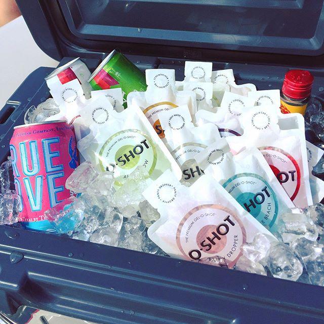 Boats & O's...😎 •  #oshot #showusyouroface #jelloshots #jello #jelloshot #texas #dfw #dallas #houston #htown #dallasbloggers #fwtxmag #fortworthbloggers #goldenretrieversofinstagram #goldensofinstagram #happyhour #fortworth #lake #bars #party #cocktails #drink #drinks #wine #booze #spirits #beer #usa #vegan •  Please Party Responsibly!