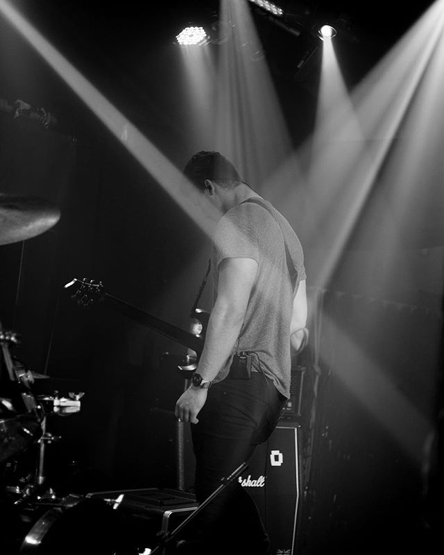 Look at those lights! This picture was taken at the most recent concert of @gracchusofficial #concertphotography #lights #backtoblackandwhite