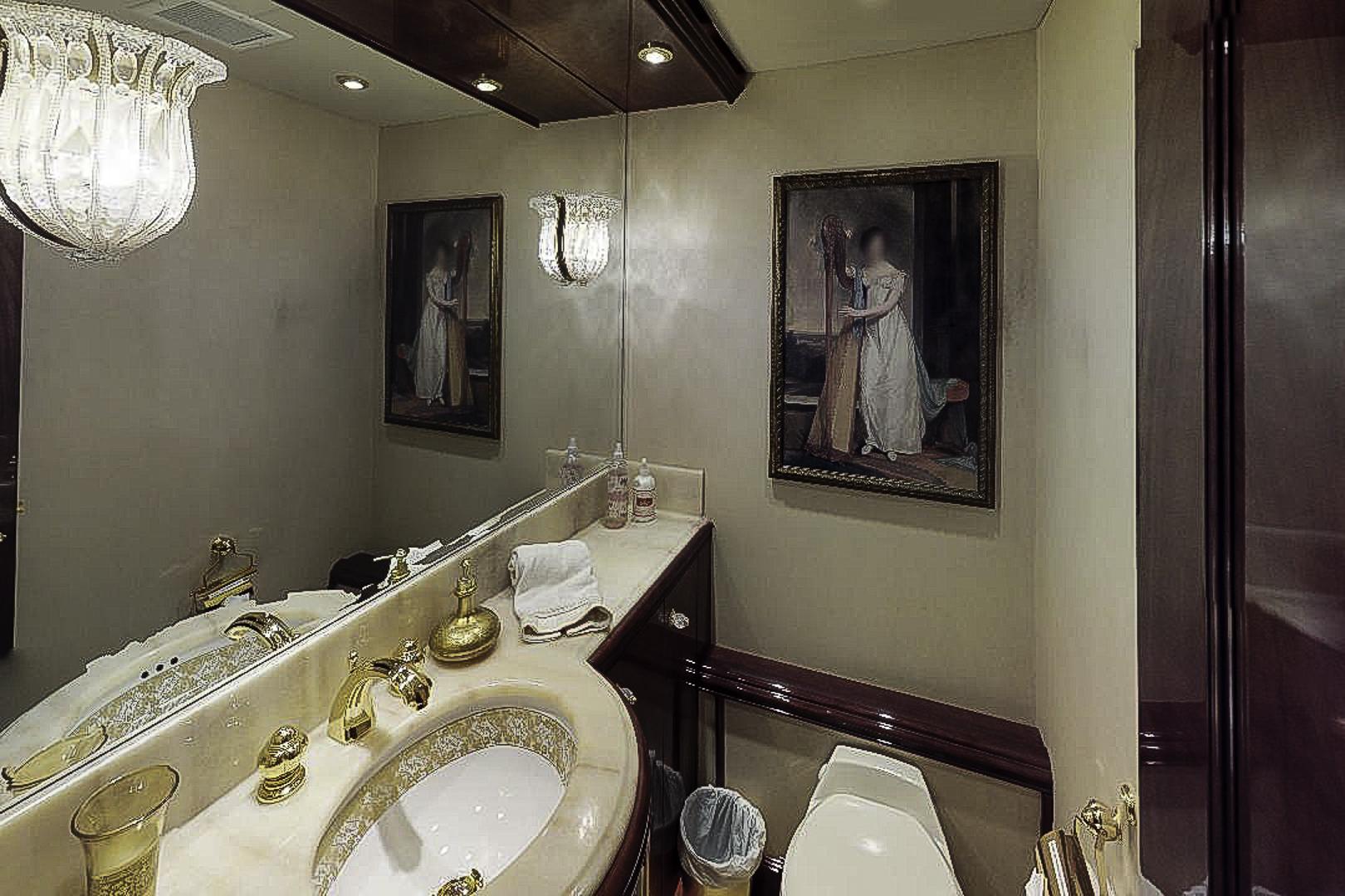 Prestige-Lady-Powder-Room(1)-2.jpg