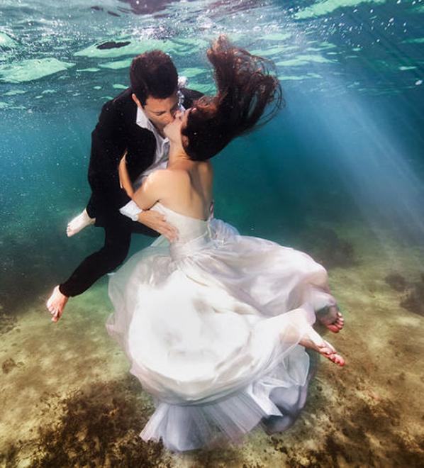 underwater-bride13.jpg