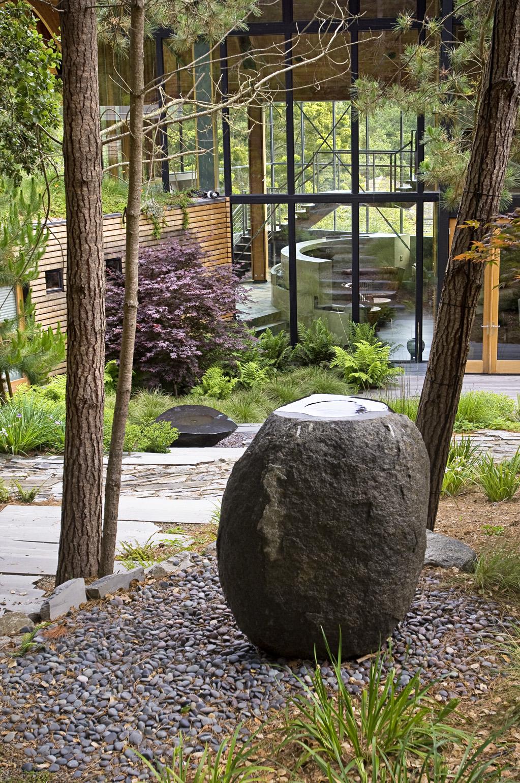 Granite, 3' high
