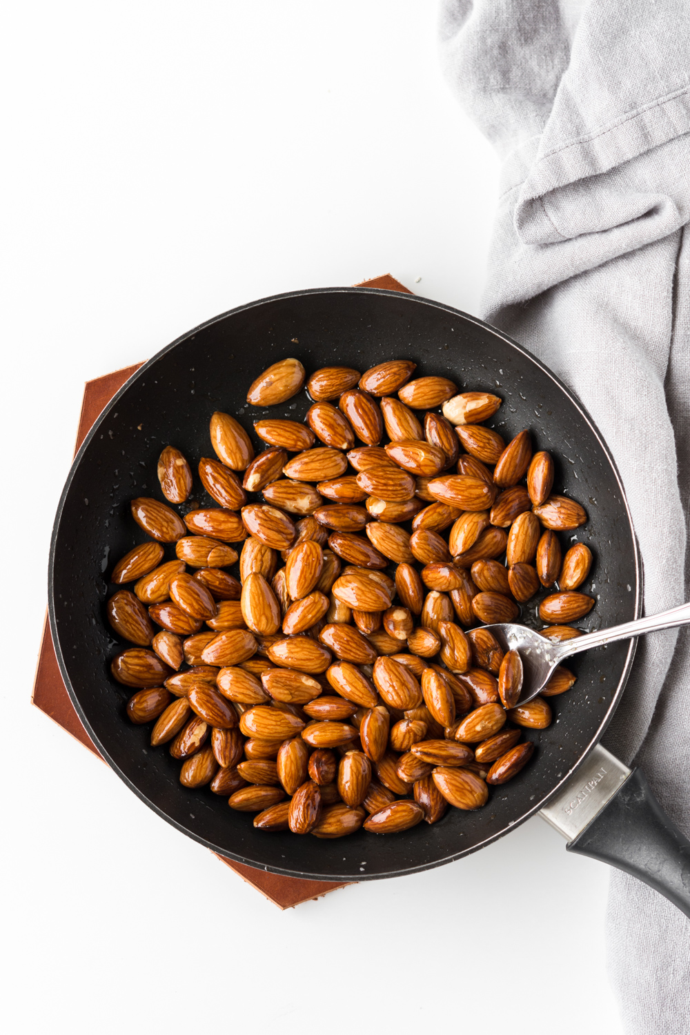 toasted salted almonds.jpg