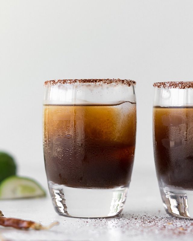 no, this is not a coca cola 😂  it's a sweet, sour, plummy tamarind margarita with a spicy salt rim and it's on the blog today! perfect for those warm spring days. 🙌 ⠀⠀⠀⠀⠀⠀⠀⠀⠀ get the recipe here! www.withspice.com/blog/spiced-tamarind-margarita ⠀⠀⠀⠀⠀⠀⠀⠀⠀ . . . . . ⠀⠀⠀⠀⠀⠀⠀⠀⠀ ⁣#f52grams #foodandwine #imsomartha #fwx #lifeandthyme #feedfeed #bhgfood #forkyeah #forkfeed #buzzfeast #huffposttaste #epicurious #foodwinewomen #realfood #foodblogfeed #spoonfeed #thekitchn #saveurmag #foodtographyschool #bareaders #shareyourtable #realsimple #inseasonnow #makeitdelicious #foodstyling #commontable #vscofood #tastespotting #foodie_features #gatheringslikethese @williamssonoma @bobsredmill @foodblogfeed @thefeedfeed