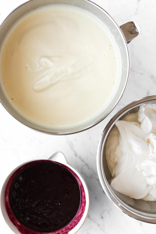 how to make homemade no churn ice cream.jpg