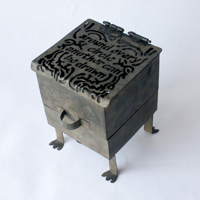 oracle box 01.jpg