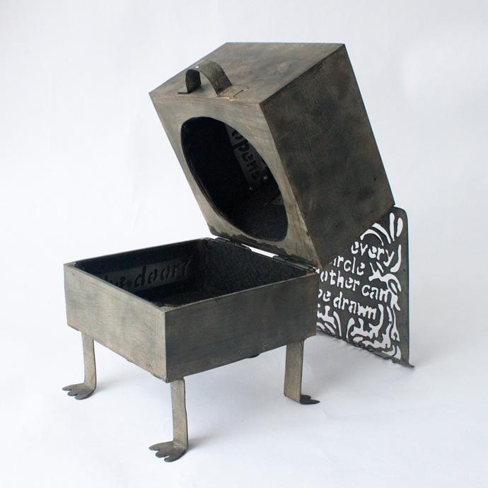 oracle box 04.jpg
