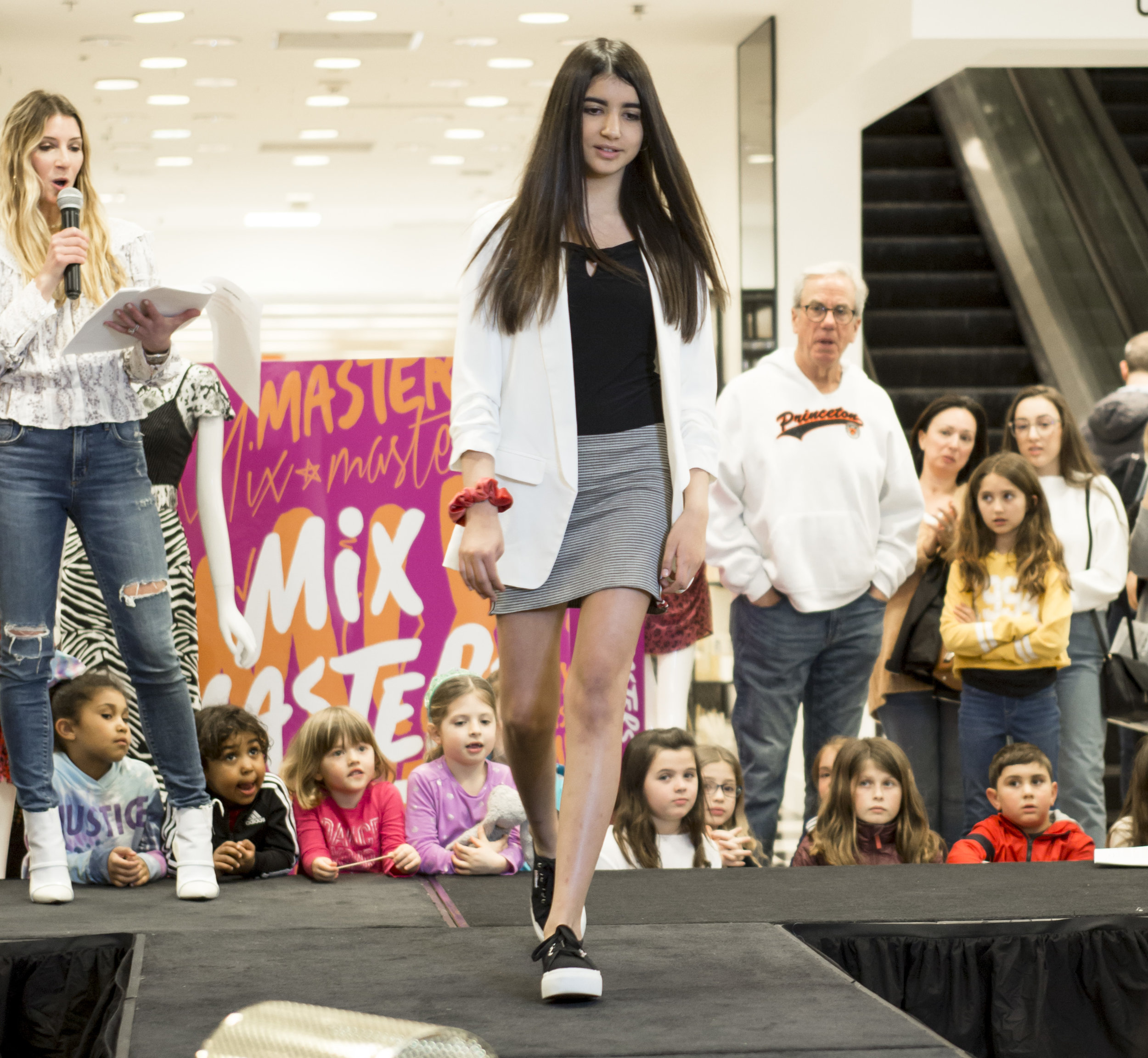 Bloomies Kids Fashion Show_42.JPG