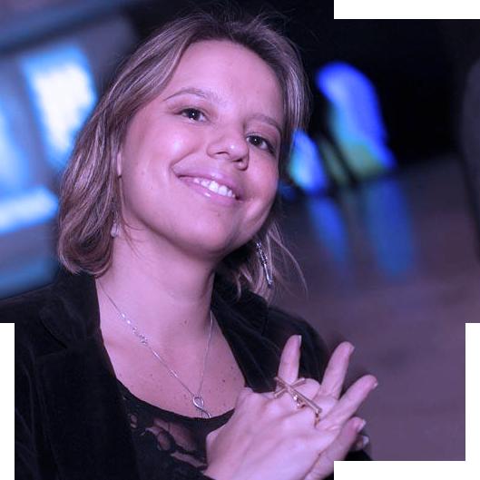 chiara battistoni - produtora de experiências e arquiteta de eventos da wmn. ela pode ser a sua também.