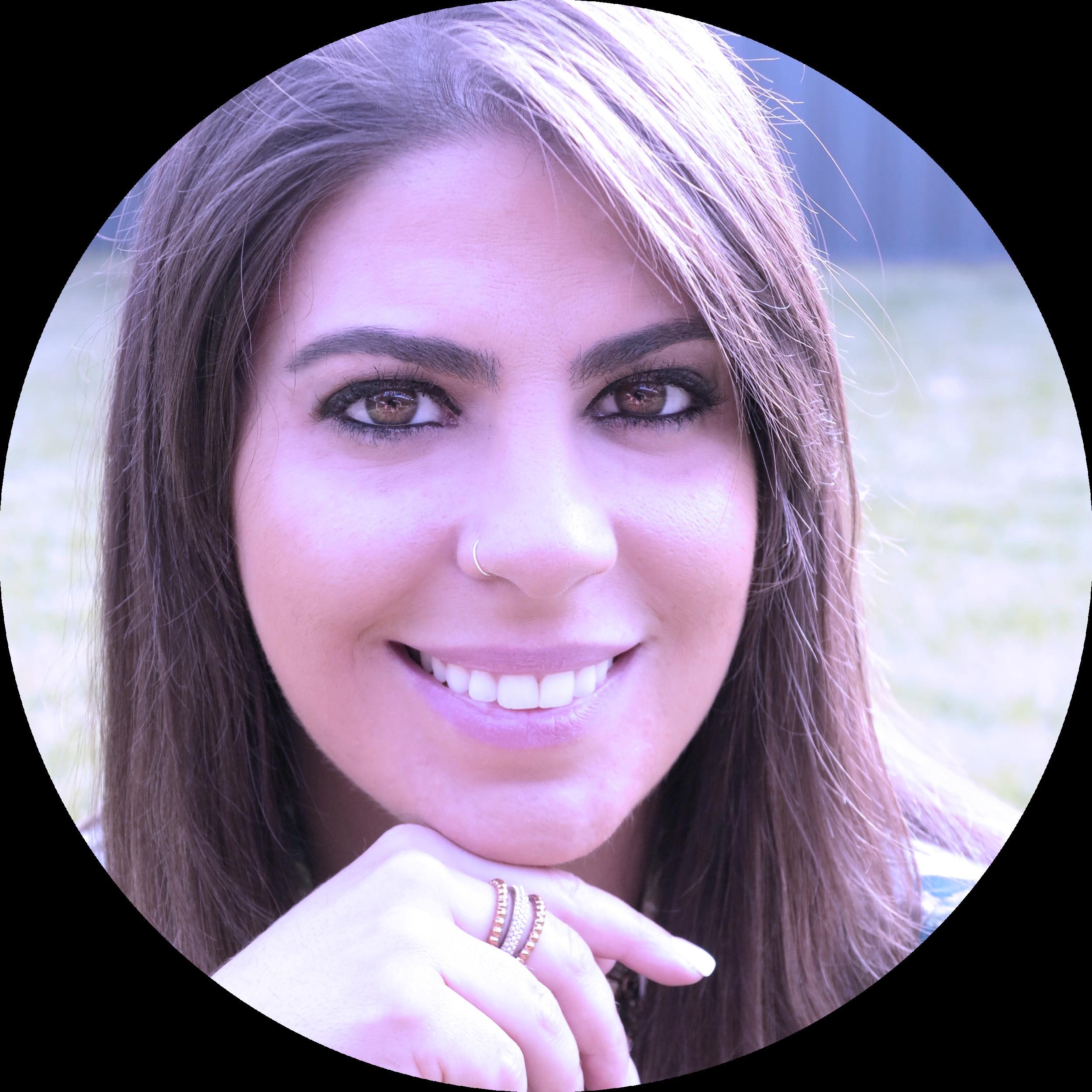 laura cacau - coach em alinhamento de vida e finanças, terapeuta holística e embaixadora da wmn na austrália. ela pode ser a sua também.