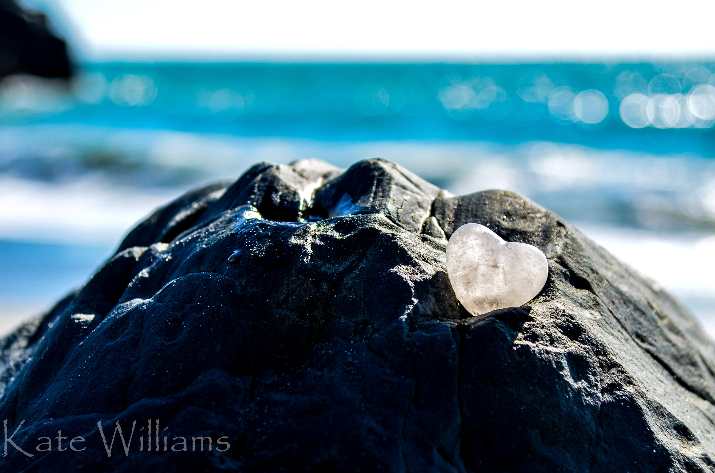 """Quartz - Quartz helps to clarify the mind and clear energy blockages within the body.""""Cleansing Light"""""""