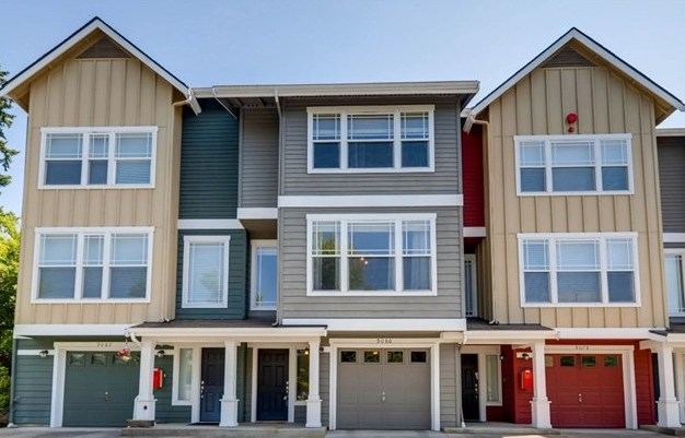 Townhouse - Buyer SOLD   $690,033