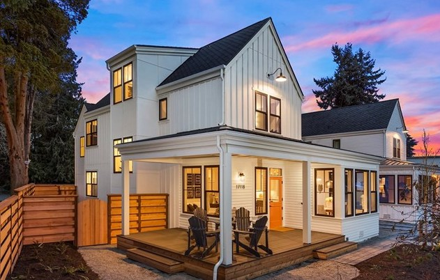 Buyer SOLD   $994,500   Lake Forest Park, WA