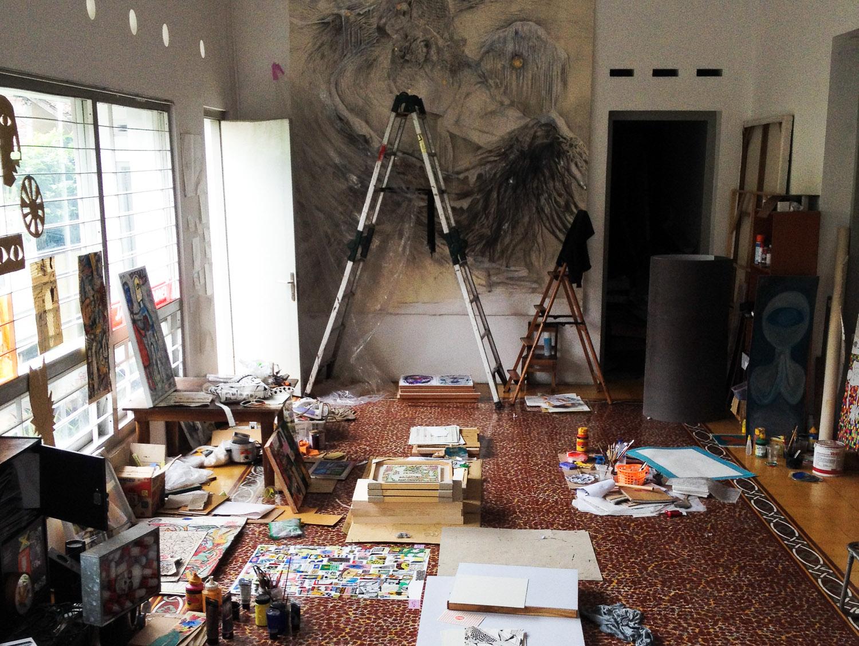 Artist's studio in Rumah Kijang Mizuma, artworks by Aiko Yamamoto and other artists, photograph taken in 2015. Image courtesy of Rumah Kijang Mizuma and Mizuma Gallery.