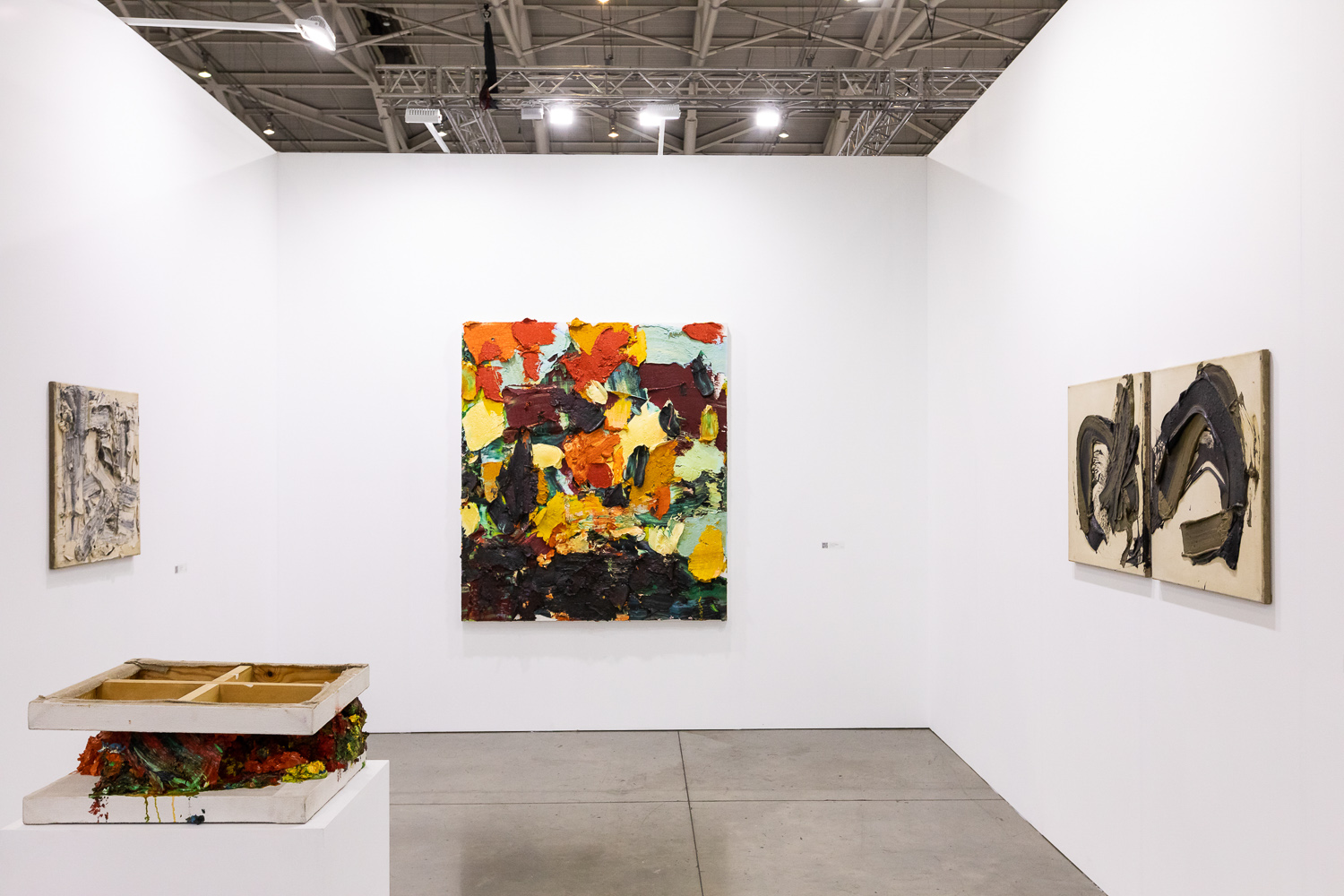 Installation view of Pearl Lam Galleries' booth. Image courtesy of Taipei Dangdai.