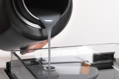 smola za SLA 3D printer - izvor: IndiaMART