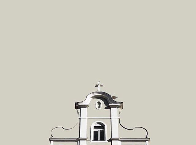 Graz by @piapi.a . . . #FeelDesain #jj_indetail #minimalculture #minimalmood #supermegamasterpics_minimal #minimalism_masters #minimal_perfection #minimalint #mini_funtastic #pocket_minimal #babaluba #awesomeminimal #ptk_minimal #learnminimalism #minimal_lookup