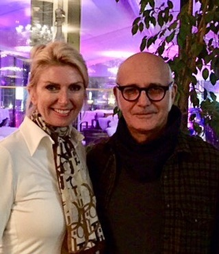 Can't wait to see this amazing pianist Ludovico Einaudi in Verona this time next week for our Anniversary! Lucky enough to have met him and his band in Montreux and what a gentlemen! His music has changed my life as a classical pianist 😊💕 #ludovicoeinaudi #bringiton #soexcited #newalbum #sevendayswalking #10yearsmarried #pianist #author #illustrator #love