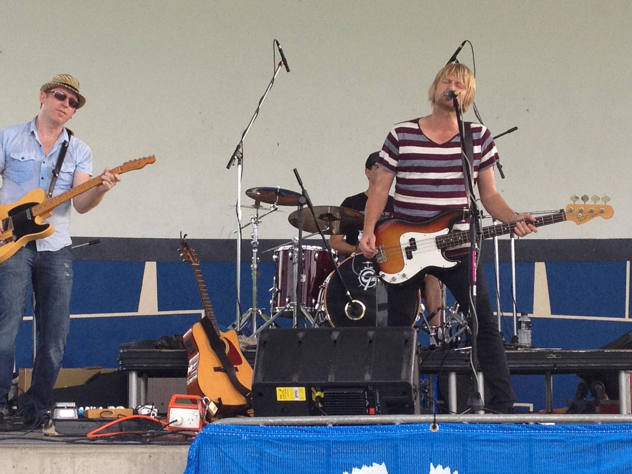 Eddie Skiba band, Fogarty Park, Cairns Esplanade 2012. L-R me, Jason Martin (drums), Eddie Skiba.