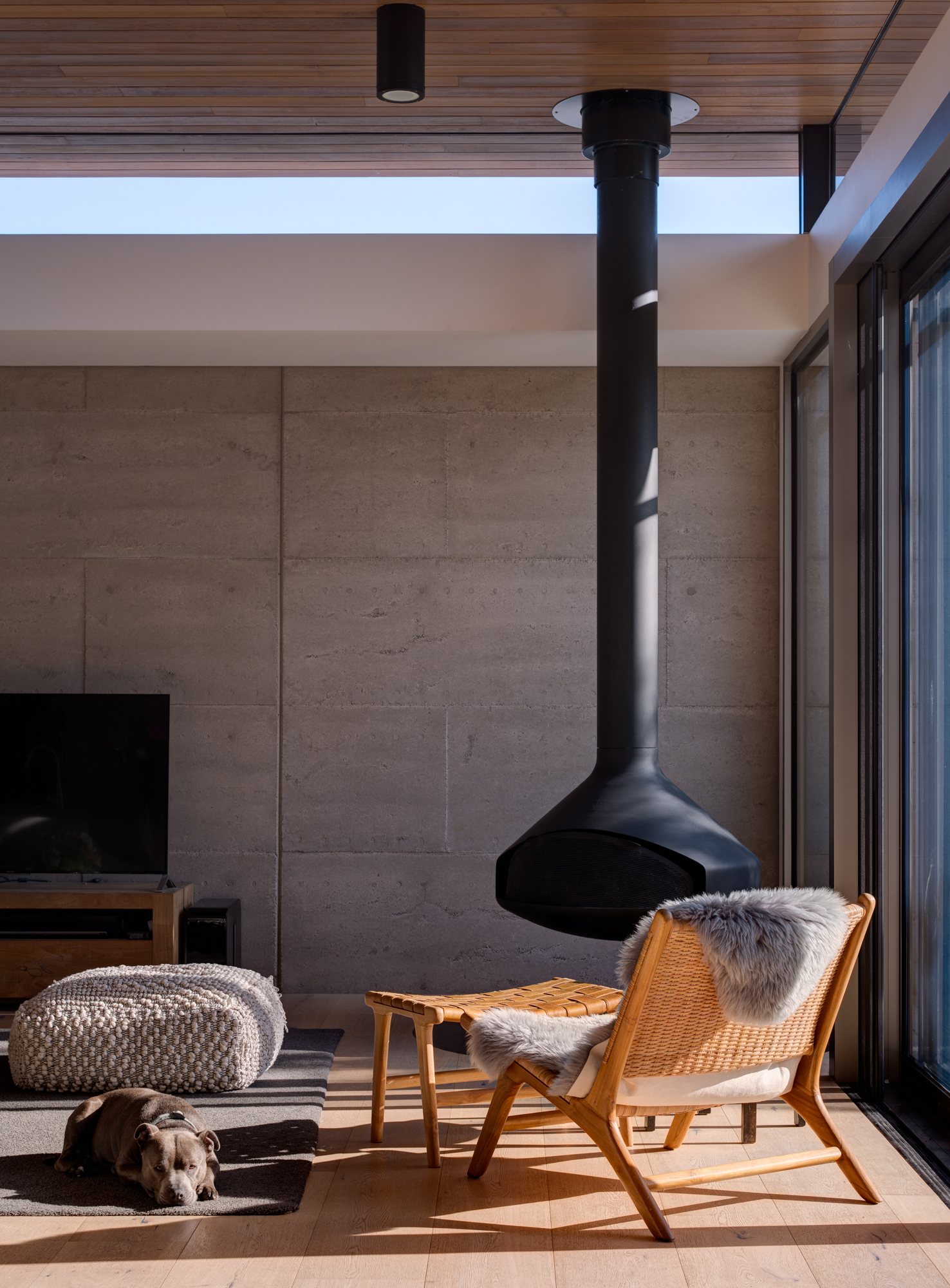 Bluff House by Heycon.