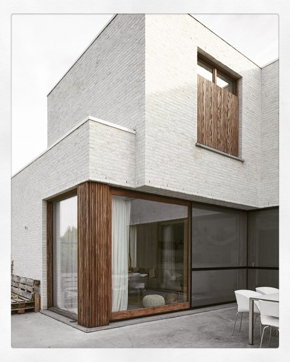 #whitebrick can be a very elegant material for your extension PCarchitects.co.uk  CALL US FOR A FREE CONSULTATION  #inspiration #inspiredinteriors #orangeinterior #simplicity #architecture #birminghamarchitecture #midlands #homedecor  #makeahouseahome #architect #birmingham #birminghamarchitect #residentialarchitect #localarchitect #houseextension #homealterations #granddesigns #housedecor #houseinspiration #homestyle #granddesignslive  #amazingextensions #minimal #interiordesign #simplicity #glassdesign #window #materiality #materialmatters #windowideas