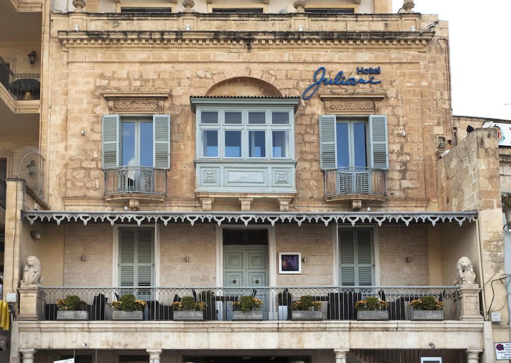 Traditional+townhouse+facade+of+Hotel+Juliani.jpg