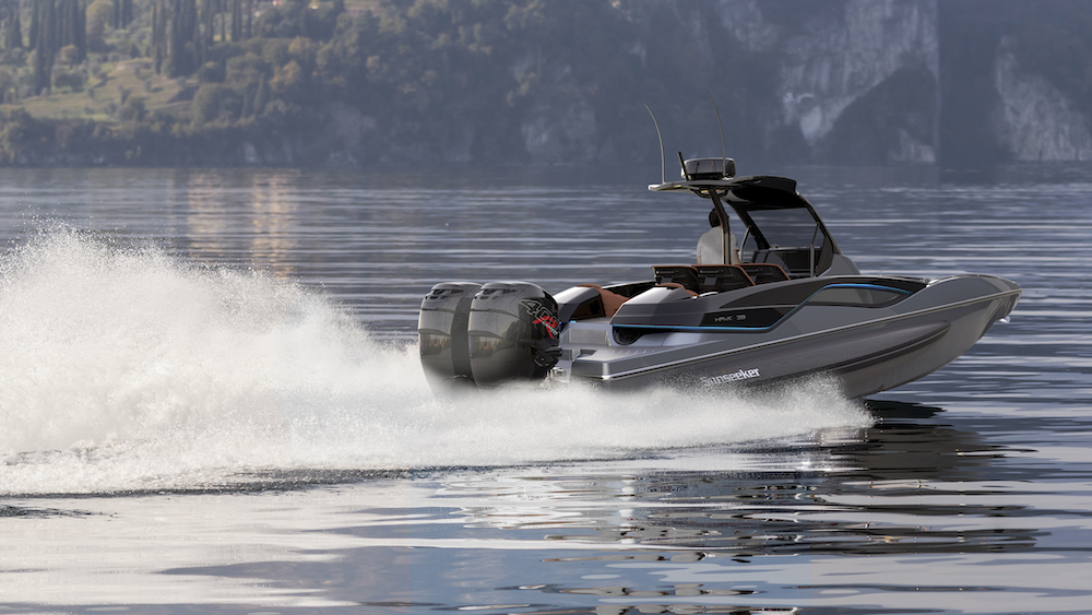 Grey Hawk38 on Lake aftend view copy.jpg