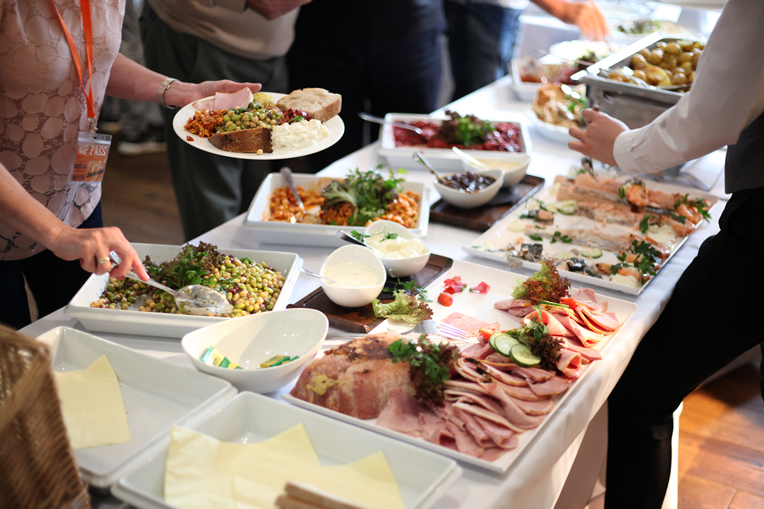 Food & Drink to suit you - Whether you require coffee & cake, pie & peas or a delicious 3-course meal - we can provide refreshments and catering to suit your event and budget.