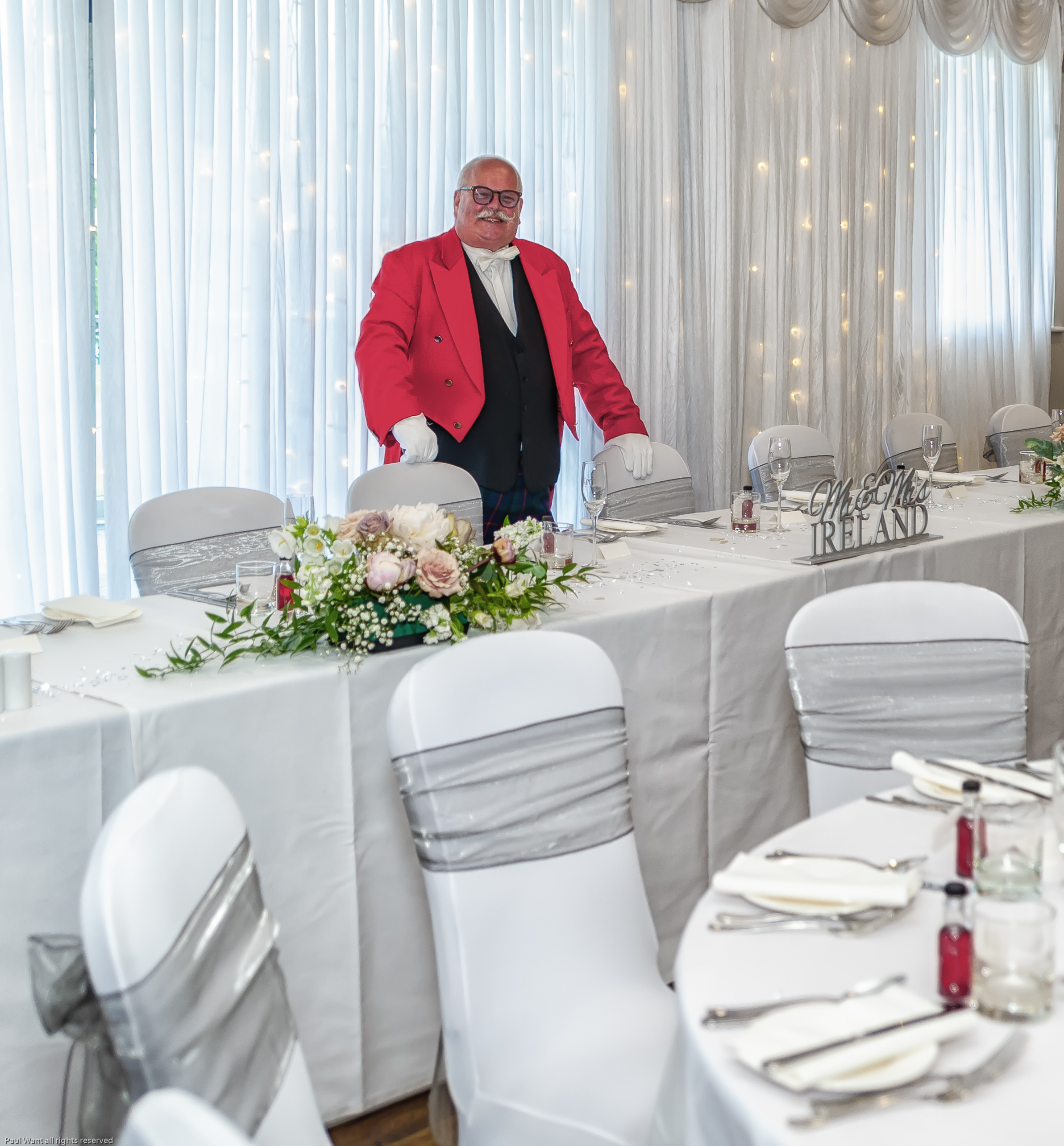 The Kentdale Suite - Buffet or formal dining, live music or disco dancing - our spectacular event suite can be arranged just for you. You'll love our state-of-the-art sound system and access to the large covered balcony.