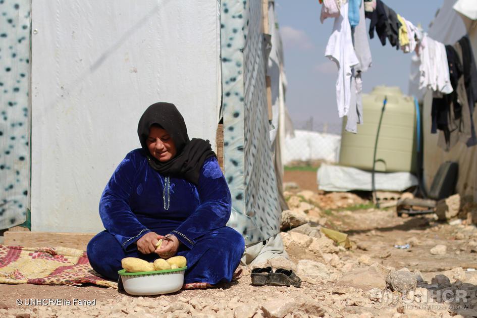 Bekaa-dalen, Libanon: Mange av de syriske flyktningene i Libanon bor i uformelle teltleirer i grenseområdene mellom Libanon og Syria. Har de nå blitt brikke i et internasjonalt politisk spill? Foto: ©UNHCR/Elie Fahed