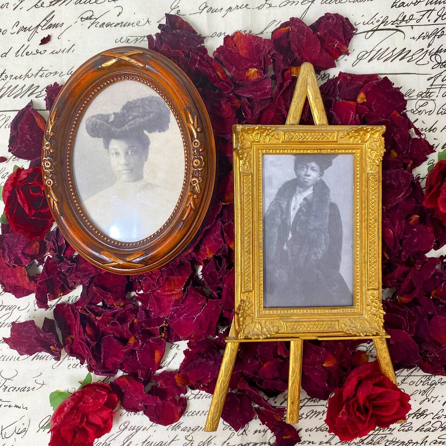 Antique 19th Century Portraits of Two Elegant Victorian African American Women, image courtesy of Tanzy Ward