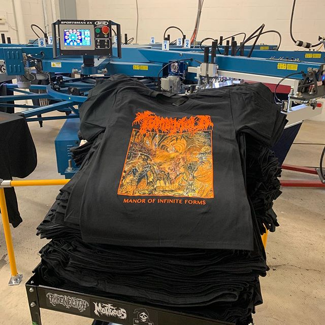 Re-stocked @20buckspinlabel with a ton of the TOMB MOLD 'Manor of Infinite Forms' short and long sleeve shirts. Printed only with vibrant/soft water base/discharge inks. Art by Brad Moore ( @art_wizard76 )