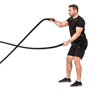 TONIGHT at World Gym La Plata from 4:00-5:30 PM...... BATTLE ROPE CHALLENGE! Show your fitness  and win!! #longevitystudios #worldgymlaplata #battleropechallenge