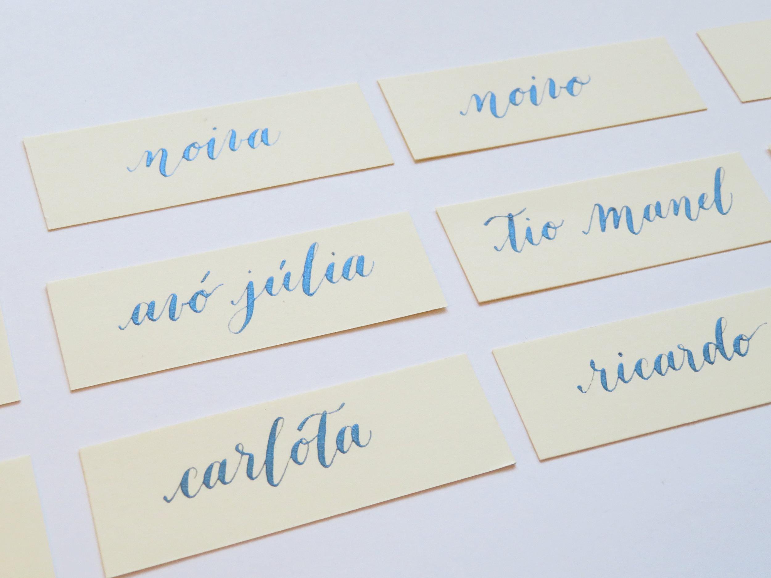 Storytime Calligraphy Design Marcadores de Lugar