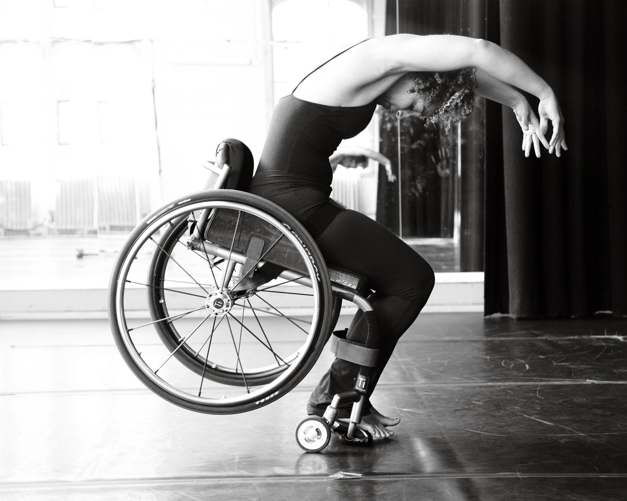 wheelchair-dance-2-1024x819@2x.jpg