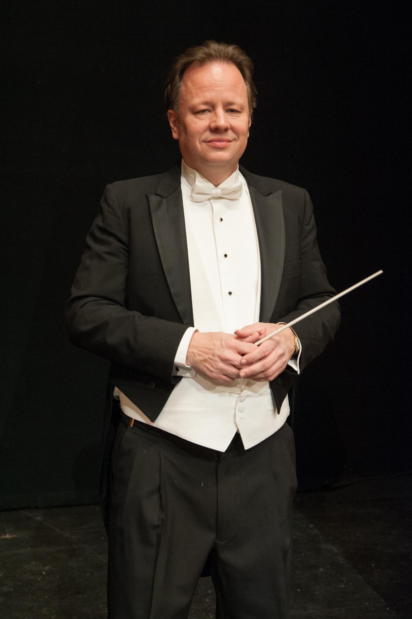 Justin Bischof Conductor.jpg