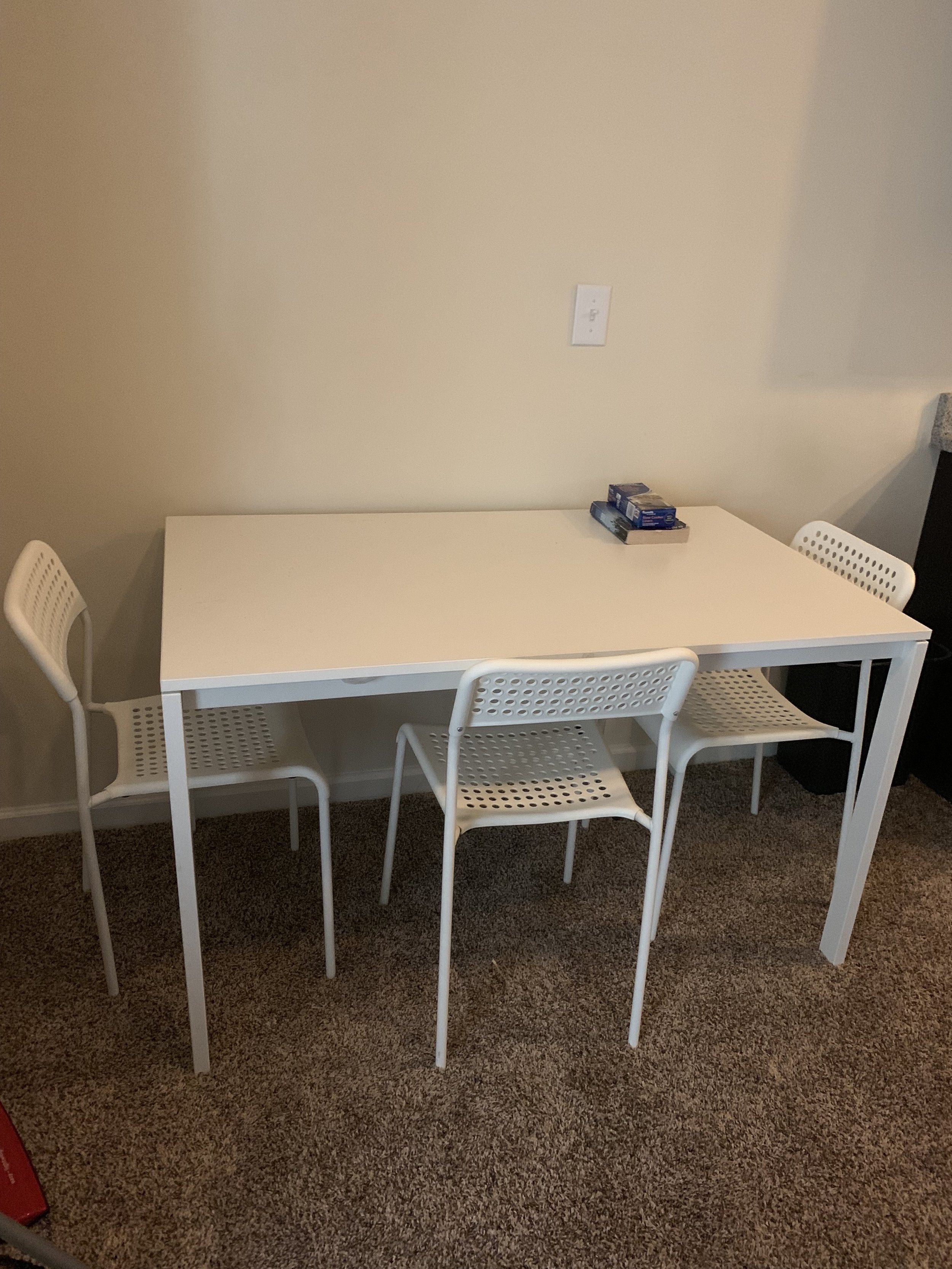 Table & Chairs $40