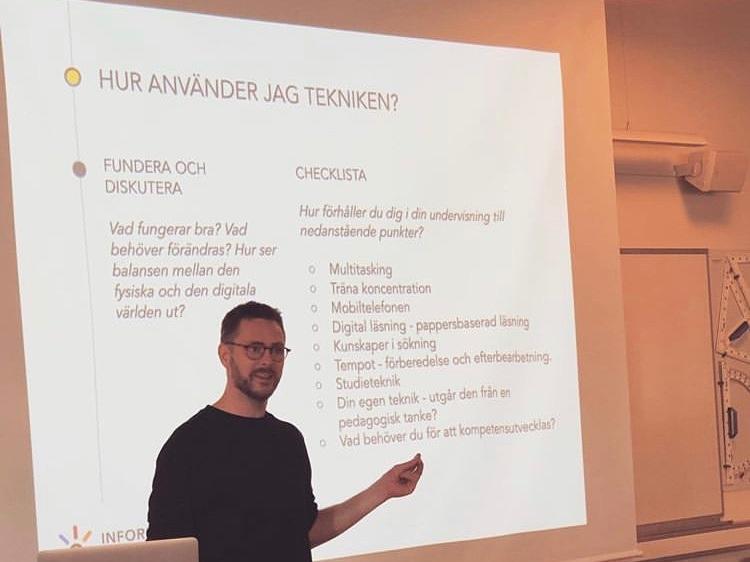 """- Föreläsning om digitalisering och lärande för personal från både Ludvika och Västerås på ABB Industrigymnasium i Västerås 11/6 2019.Sagt om föreläsningen""""Grymt bra kombo av forskningsresultat och lärarvardag. Tydlig, kommunikativ och påläst föreläsare. Bästa på länge!"""" /Lärare ABB Industrigymnasium""""Informativ och grundlig. Bygger på forskning och egen erfarenhet. Mycket bra!"""" /Lärare ABB Industrigymnasium"""