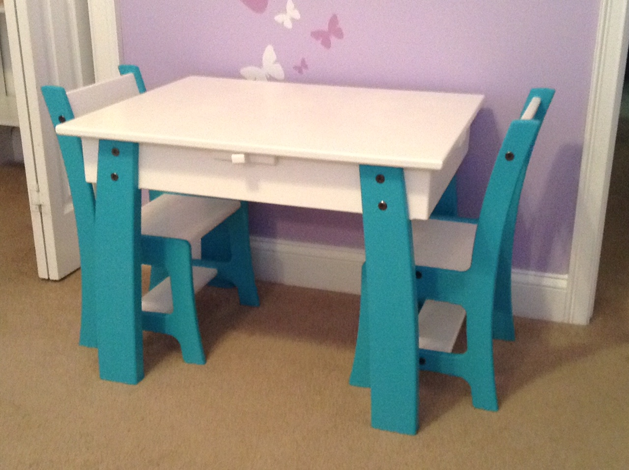 Table and Chair Set (15).JPG
