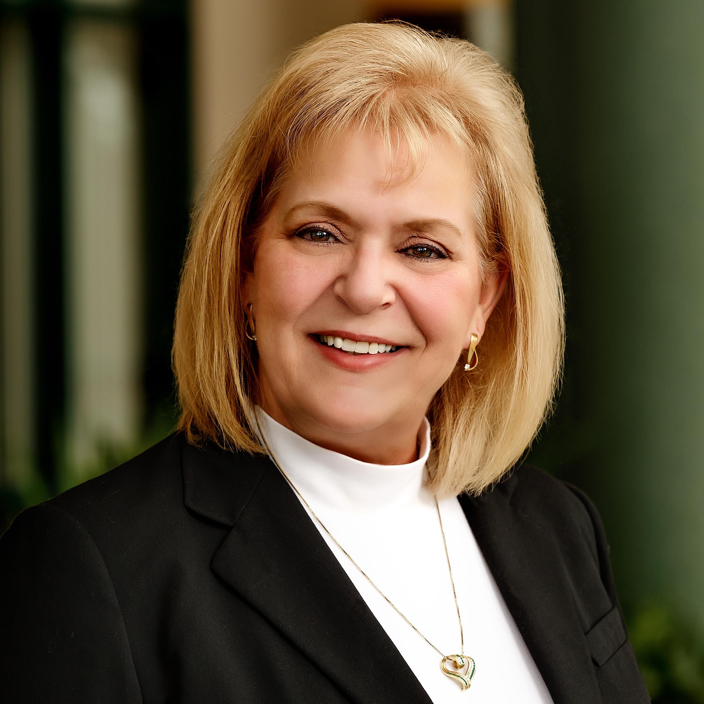 Kim Cash - Director of Non-Profit BankingSpringfield Market417-827-9640kcash@regent.bank