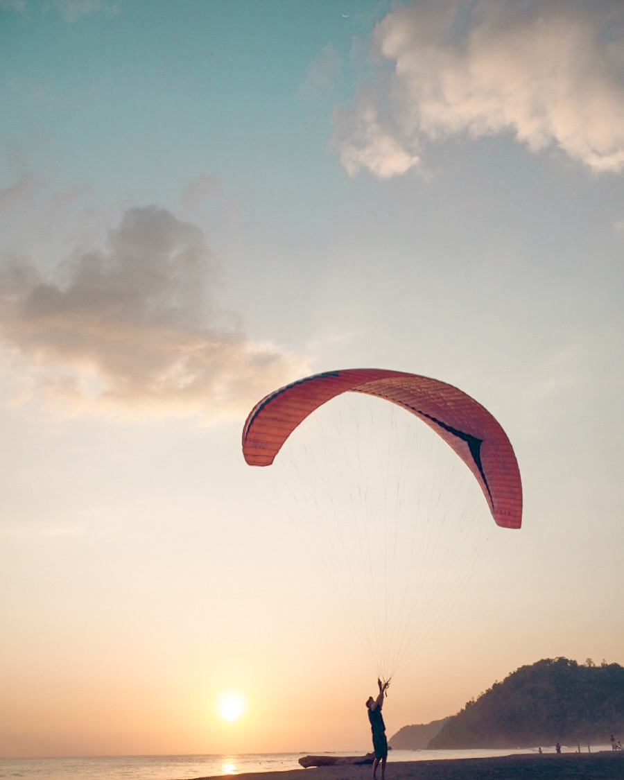 best-paragliding-destinations-costa-rica.jpg